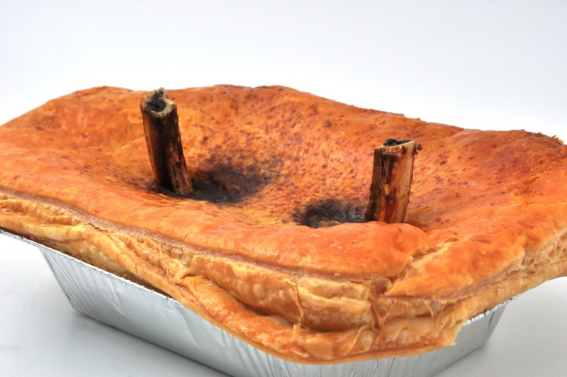Steak Pie XXL Desperate Dan - Meat Pies & Pastries - John ...
